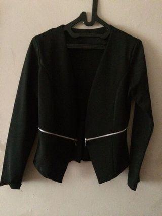 REPRICE Black blazer