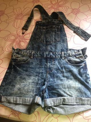 Short overall