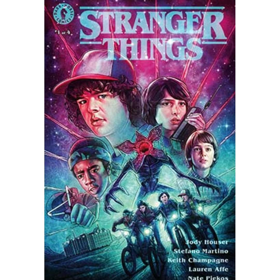 #1 Stranger Things Glow-in-the-Dark Convention Exclusive (Kyle Lambert) San Diego Comic Con (SDCC) 2019 ~ Dark Horse