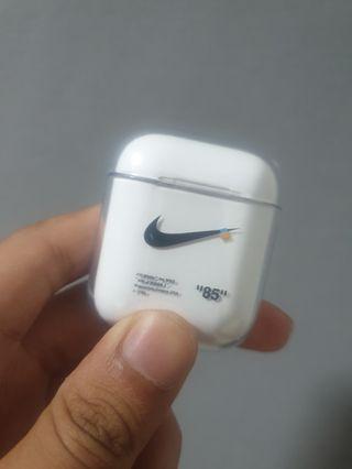 🚚 Nike Airpods Hard Casing