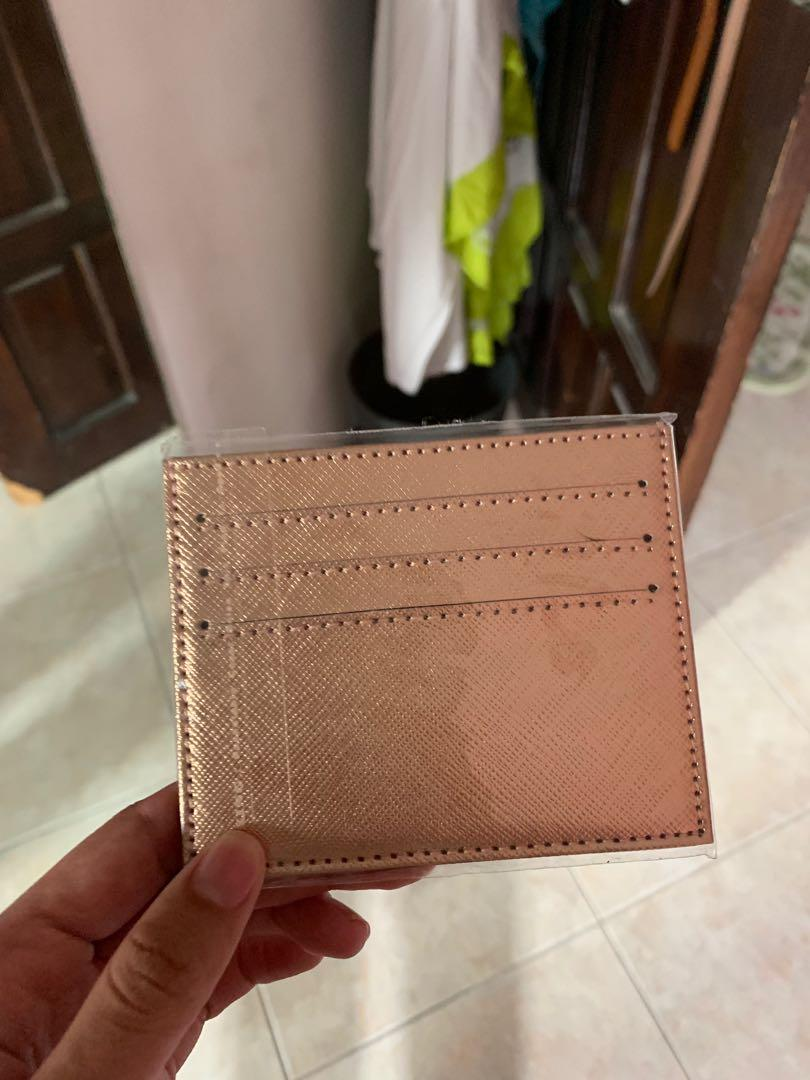 Cardholder 6 Kartu