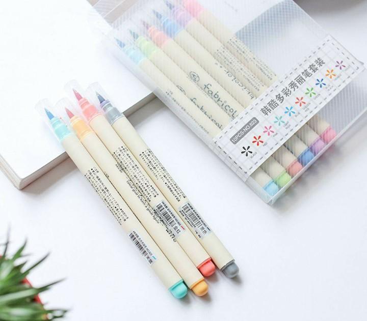 "Set of 10 brush pens ""futurecolour"""
