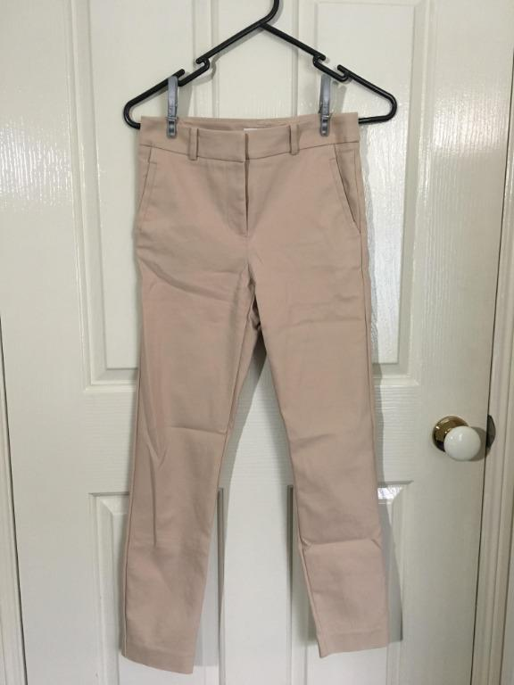 FOREVER NEW Slim Pants in Beige (very comfortable)