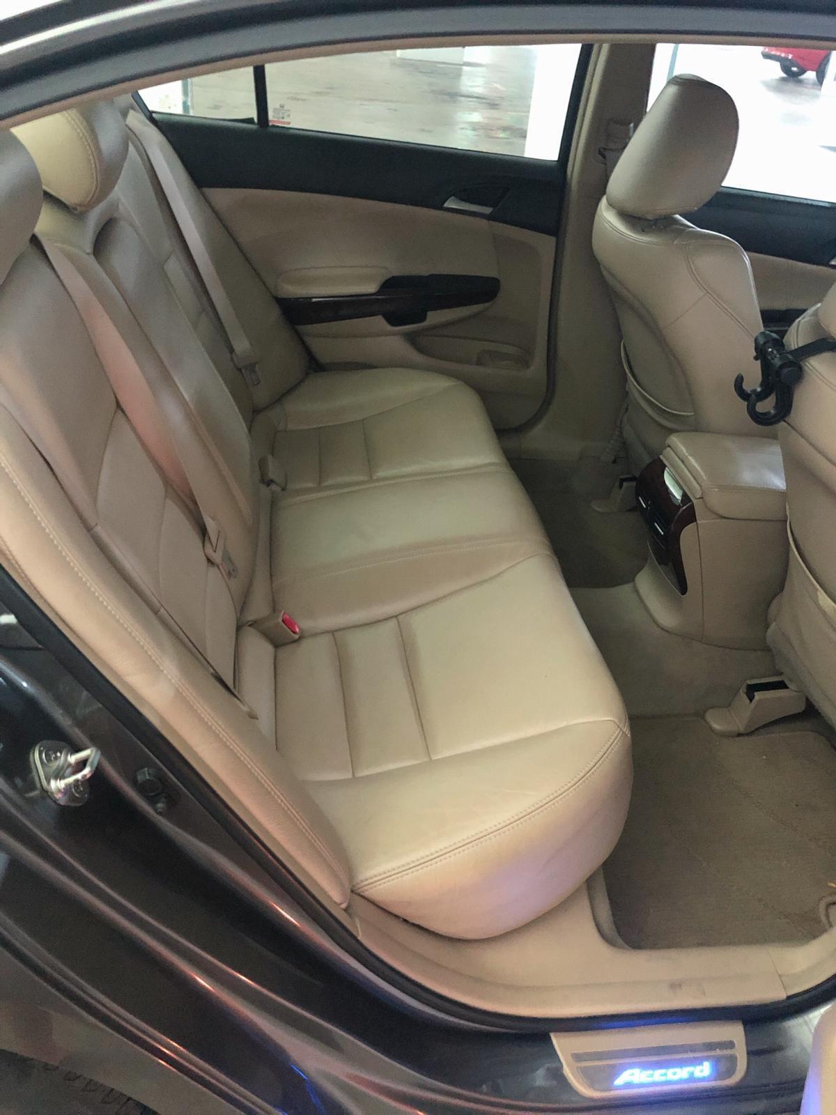 Honda Accord Cheap car rental GoJek Grab or Personal use