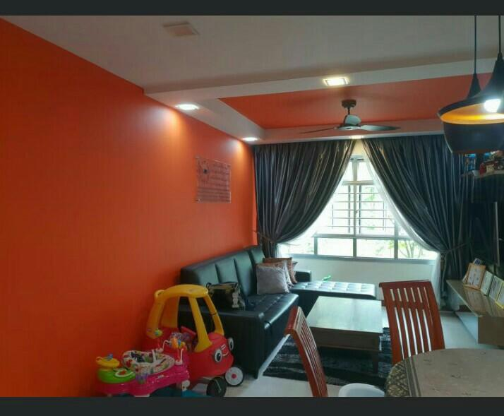 House painting service.82604014