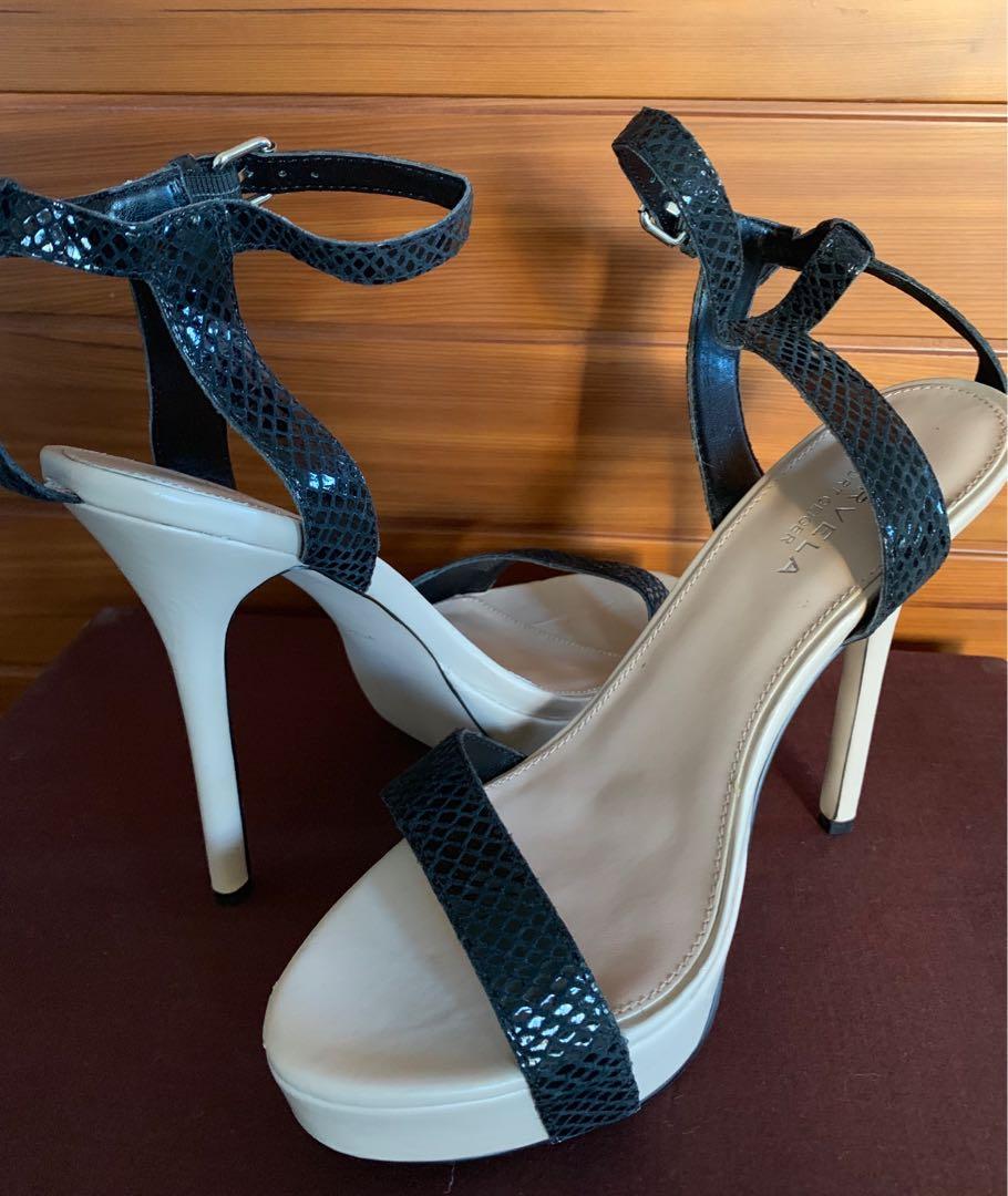 Kurt Geiger Carvela Black & Nude Leather Platform Heels Size 39 New