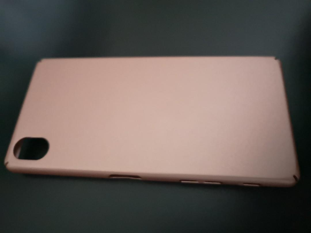 Sony Xperia XA1 Gold and Rose Gold Hard Phone Cases