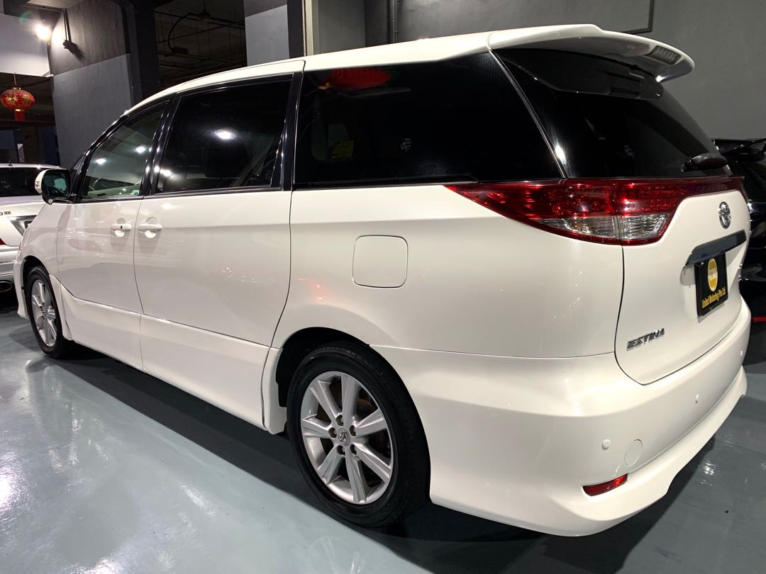 Toyota Estima Auto 2.4