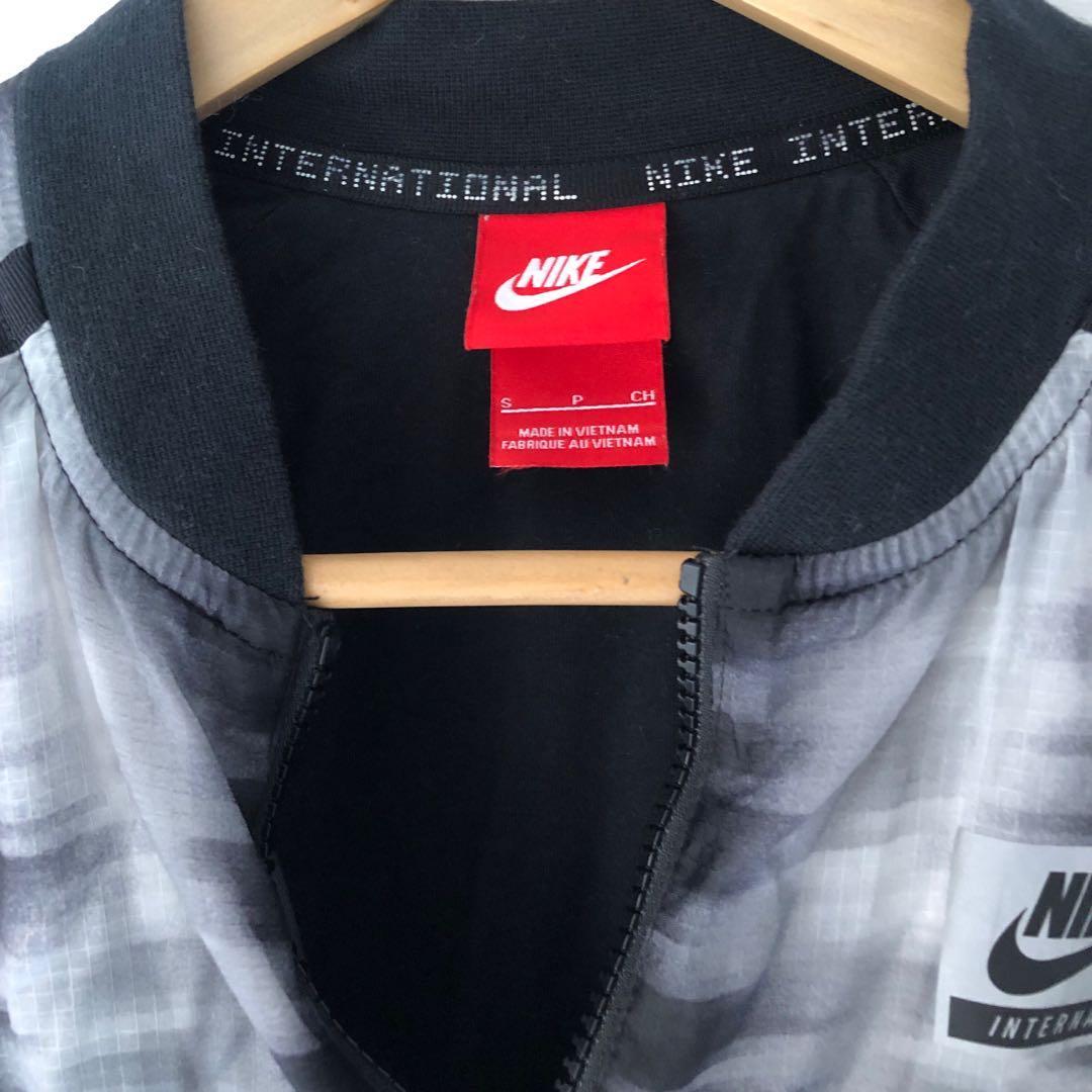 Women's Nike International Bomber Jacket, Size Small