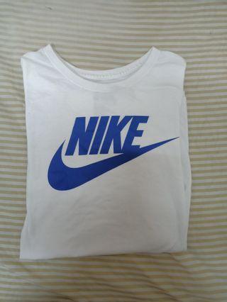 Nike 白色短袖 XL