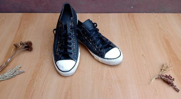 Converse leather studded