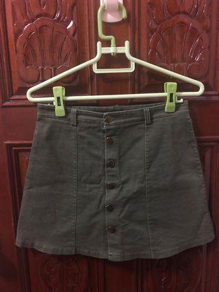 軍綠/墨綠色A字短裙