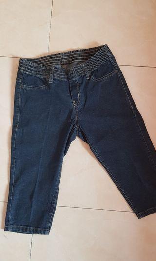 Jeans tiga perempat