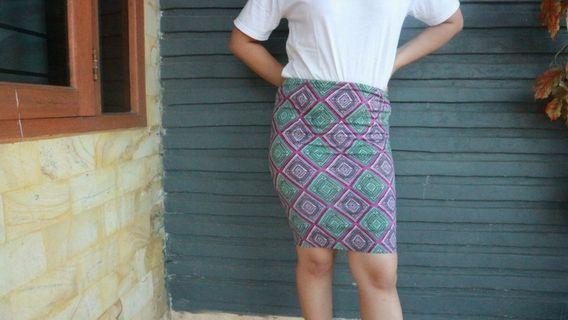 Tribal Bodycon Mini Skirt