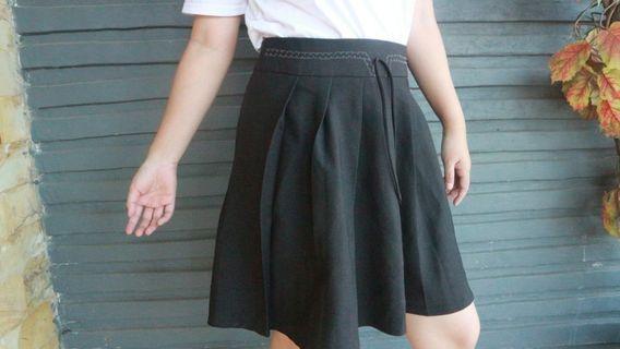 Black Flare Ribbon Skirt