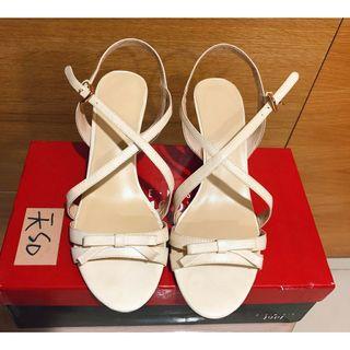 sense 1991米色楔型涼鞋