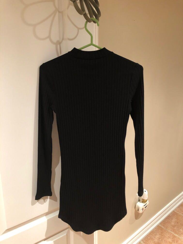 Forever 21 - Black ribbed style longsleeve bodycon dress