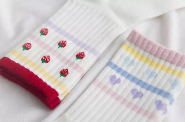 Pastel Japanese Strawberry Hearts Socks