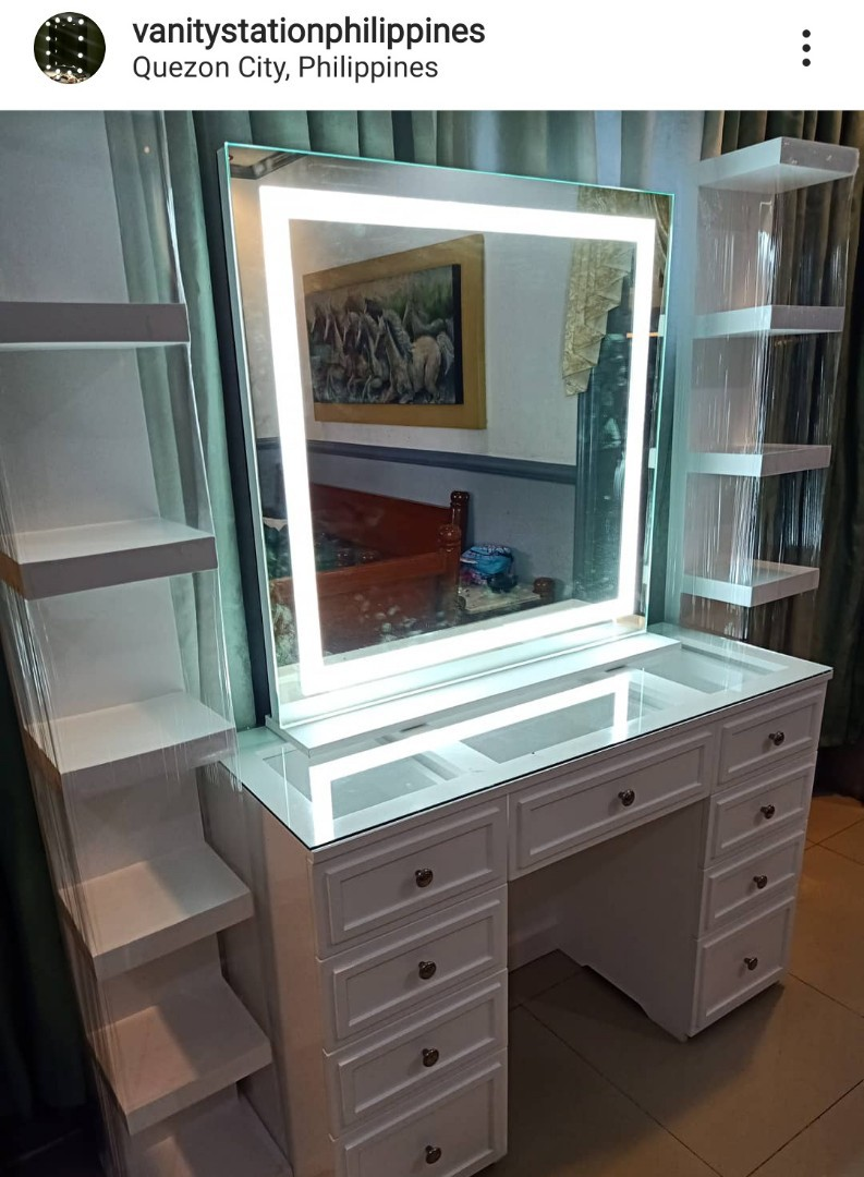 Vanity Dresser And Vanity Mirror Set Furniture Home Living Furniture Tables Sets On Carousell