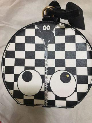 London Huer B&W Checkered