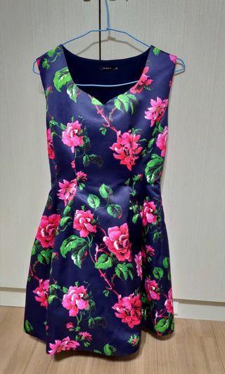 MOMA花朵🌺禮服式緞面洋裝