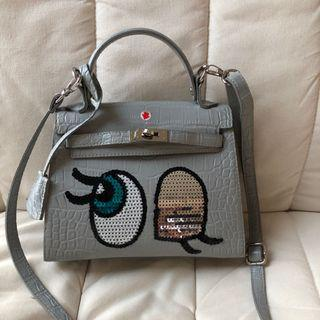 Authentic Play No More Bag Wink Grey