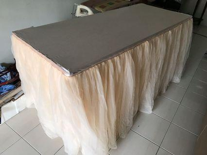 Champagne color table skirting - 5'