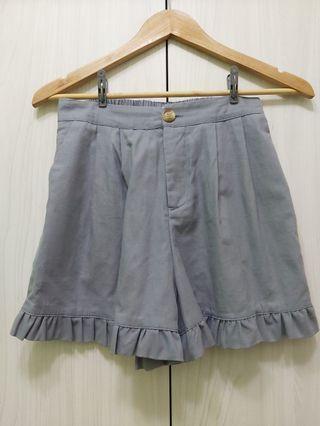 莫蘭迪藍色荷花葉邊短褲