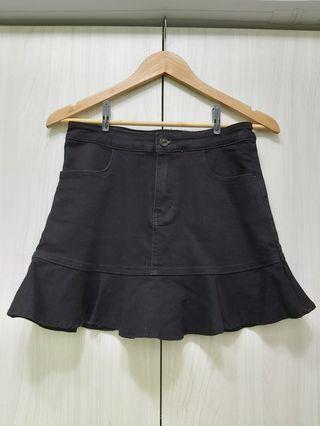 黑色牛仔布俏皮褲裙