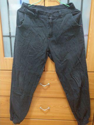 $200↓(含運 /shipping included) 黑褲 Black pants