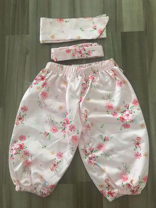 🚚 Floral pants and headband