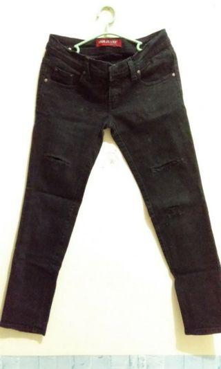 jeans ripped hitam