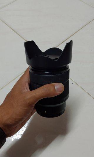 sony 28-70mm FE OSS lens