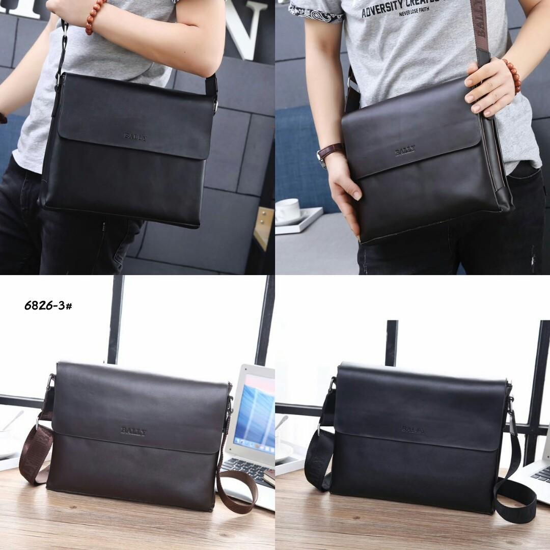 Bally Sling Bag  6826-3#22  H 400rb  Bahan kulit (calf leather) Dalaman kain satin Kwalitas High Premium AAA Tas uk 32x5x26cm Berat 1,1kg  Warna : -Black -Coffee