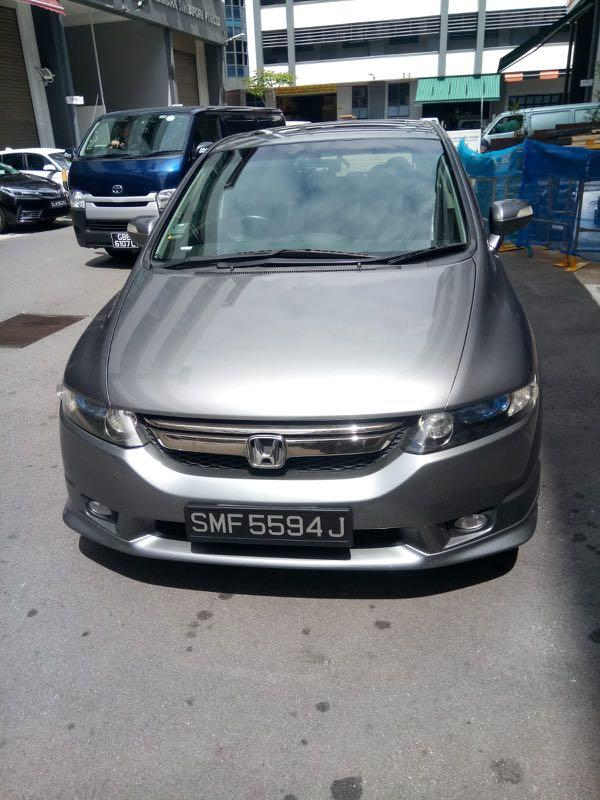 Cheap MPV for rental