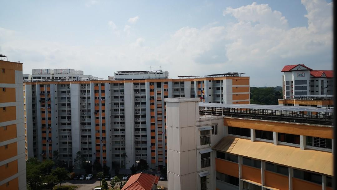 Green line Room for rent (Jurong East)