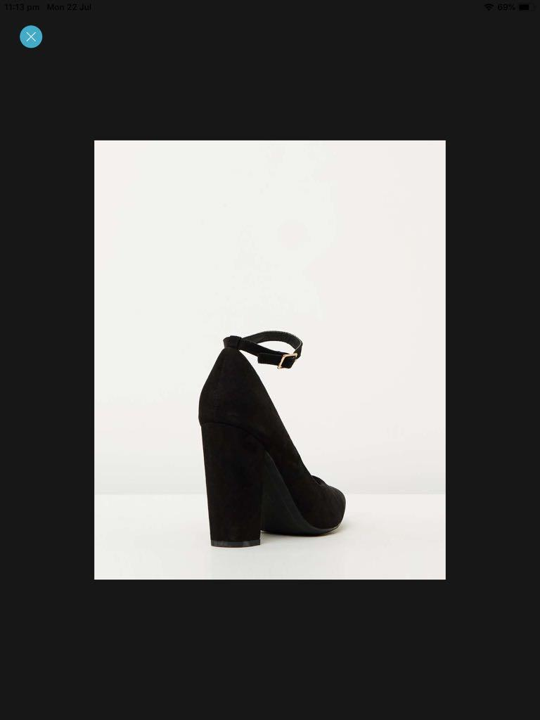PRICE DROP Spurr Heels, New with dust bag, Size 38 AU7