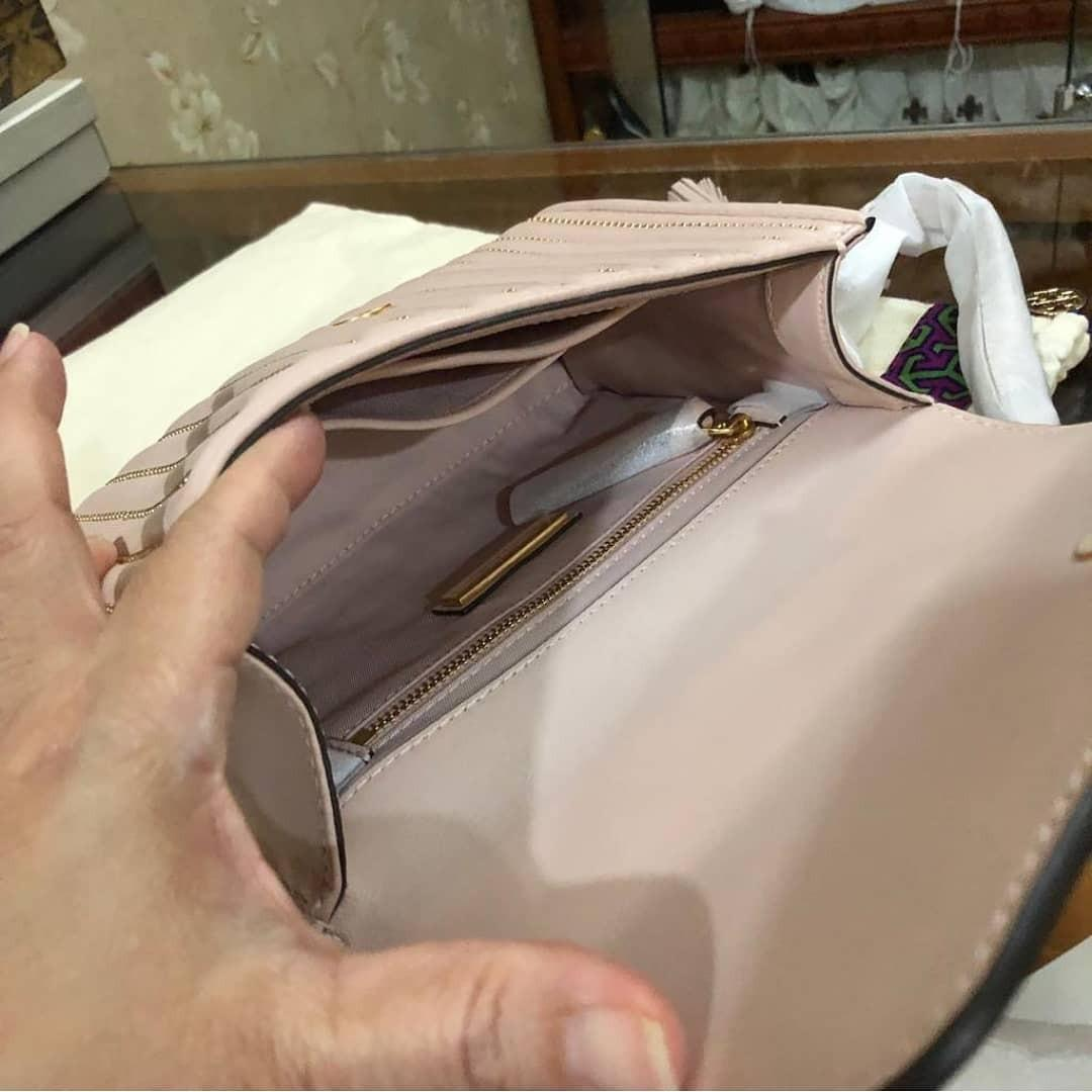 TB Fleming Studed Small Convertible Shoulder Bag Shell pink size 21x15x7 cm