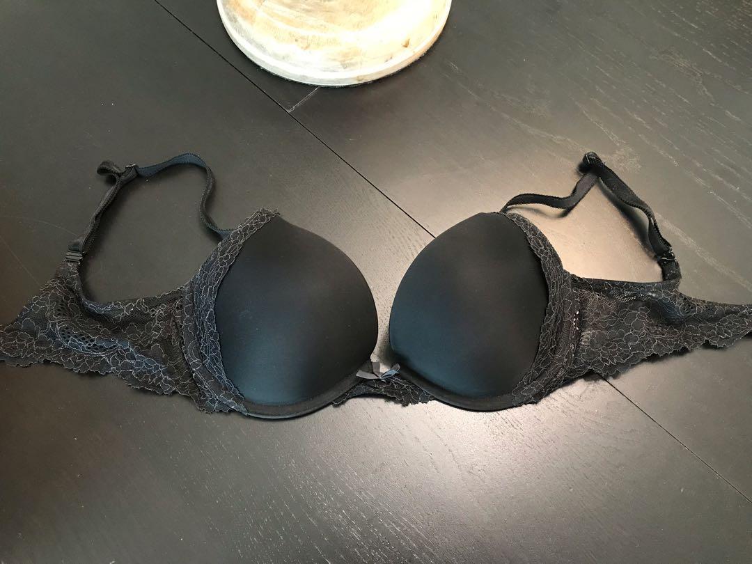 Victoria Secret Black Lace Single Push Up Bra Size 32 D