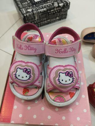 🚚 Hello Kitty sandal