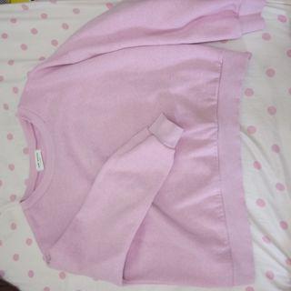 粉色短版長袖上衣