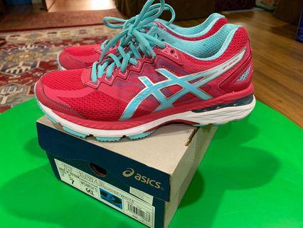 Asics running shoes GT2000 4 (D)