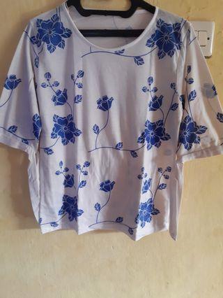Baju Wanita Bunga