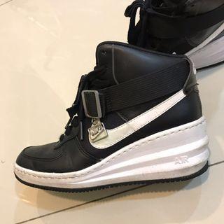 NIKE 增高 運動鞋 九成新 36.5號 正常碼