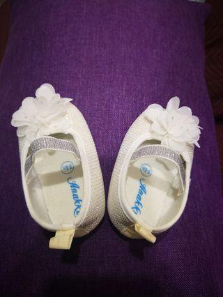 Baby shoes Anakku