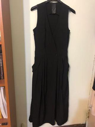黑色個性風長洋裝
