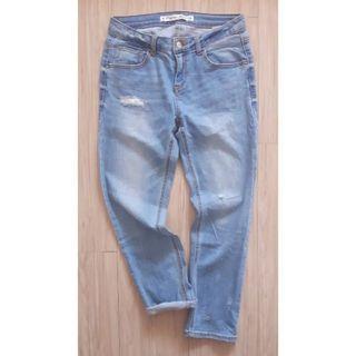 MIXXO 淺色刷破彈性牛仔褲 24