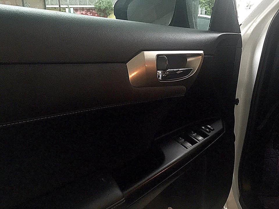 2014年Lexus CH200H車況佳底盤安靜換擋順暢里程保證車況保證