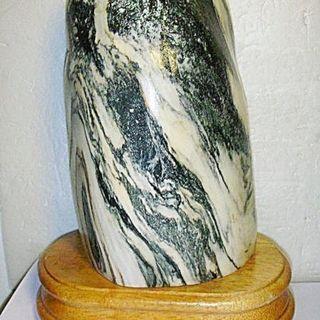 aaL皮商旋.少見高約16.5公分山水畫造型雅石擺飾!!--值得收藏!/6房壁箱/-P