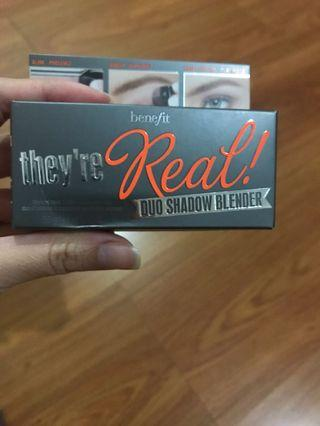Benefit real duo shadow blender